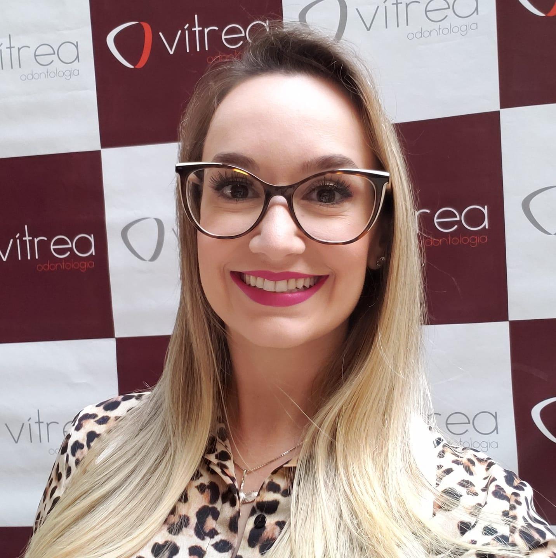 Ana Carolina Alvarenga